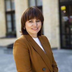 Лариса Латипова